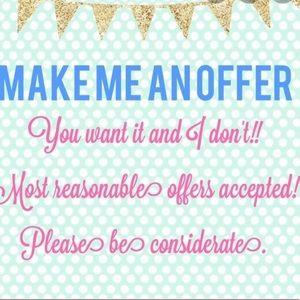 make an offer !!! EVERYTHINGS NEGOTIBALE !!